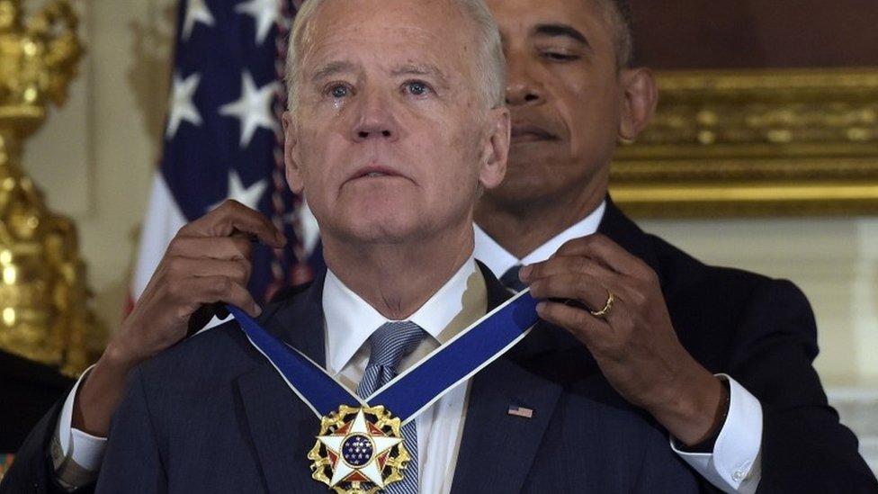 大統領自由勲章授与時のバイデン