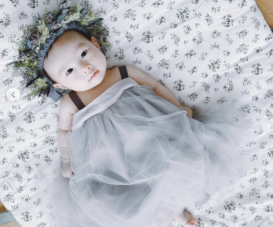 2020年4月1日篠田麻里子に第一子が誕生!