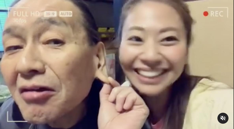 耳たぶが伸びる父・辰郎さんと磯部希帆