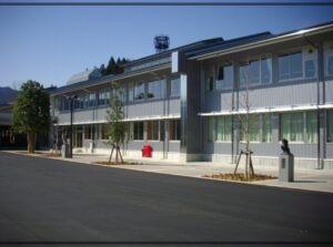 鷲見玲奈の出身小学校は岐阜県郡上市立白鳥小学校