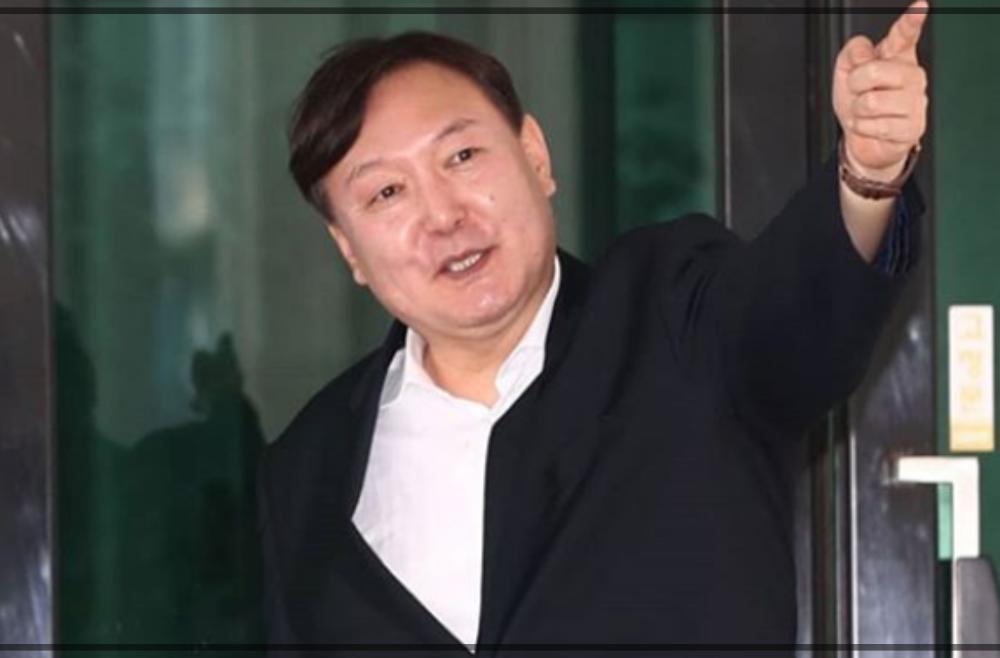 尹錫悦(ユンソクヨル)の経歴プロフィール