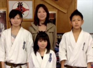 駒木根葵汰の家族(姉妹と母親)