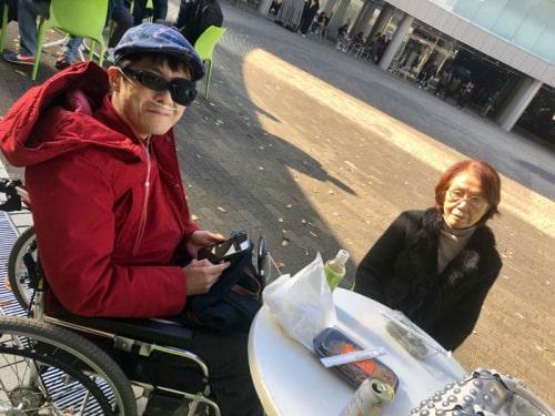 左:瀬古利彦の息子の昴 右:祖母