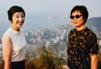 左:石井ふく子 右:橋田壽賀子
