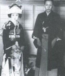 田村正和の父親・坂東妻三郎さんの妻・静子さん