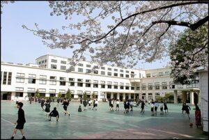 学習院 眞子さまは幼稚園・小学校・中学校・高校まで学習院女子!