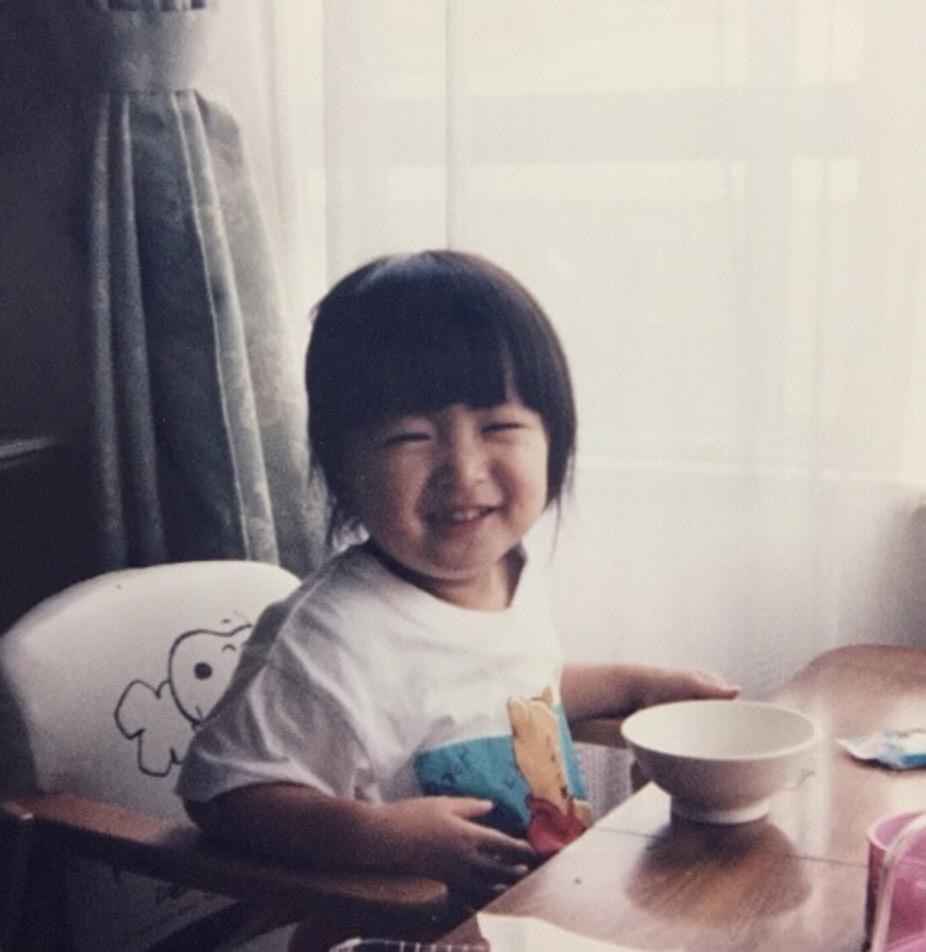 岡崎紗絵 幼少期