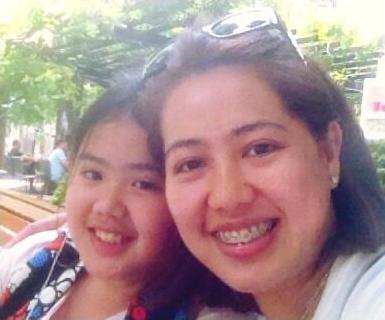 左:妹のhiromiさん 右:母親のフリッツィさん 笹生優花