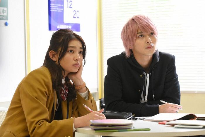 左:吉川愛 右:横浜流星「初めて恋をした日に読む話」より