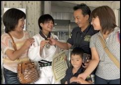 渡名喜風南 家族 姉と父親